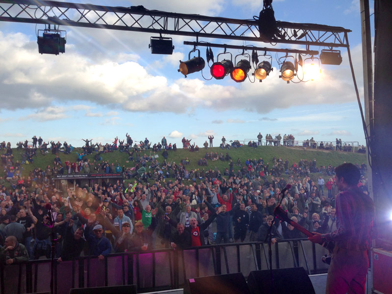 The crowd at Back With Mods scooter rally